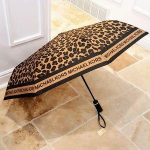 NWT Michael Kors Cheetah Umbrella